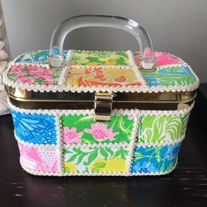 "Vintage 1960's ""The Lilly"" Purse w/Lucite Handle."